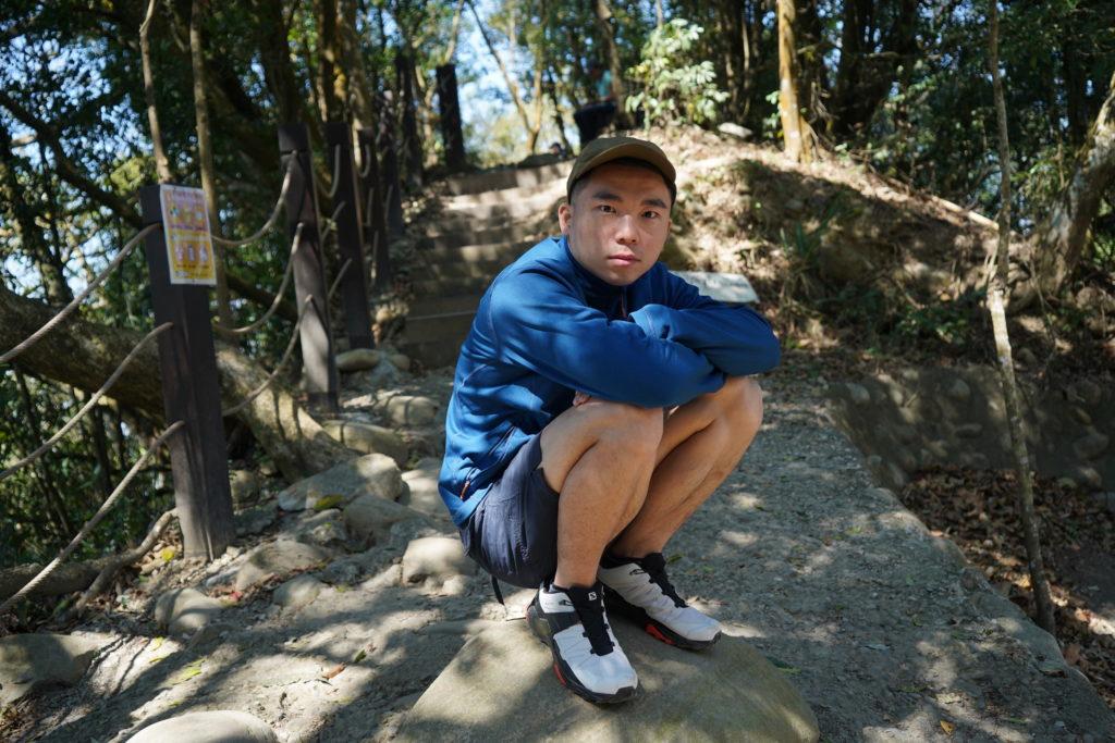 Salomon登山鞋