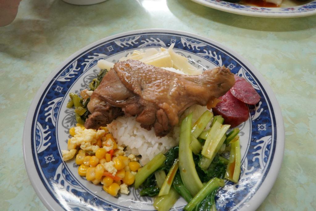 欣欣谷小吃雞腿飯